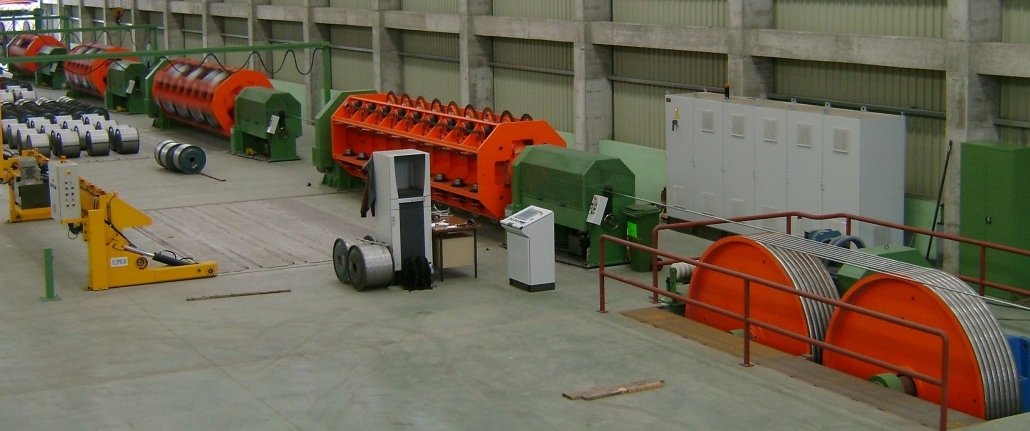Rigid stranding machine